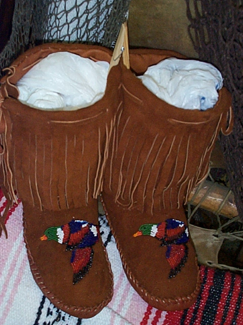 HALF BOOT MOCCASNS BEADED DUCKS